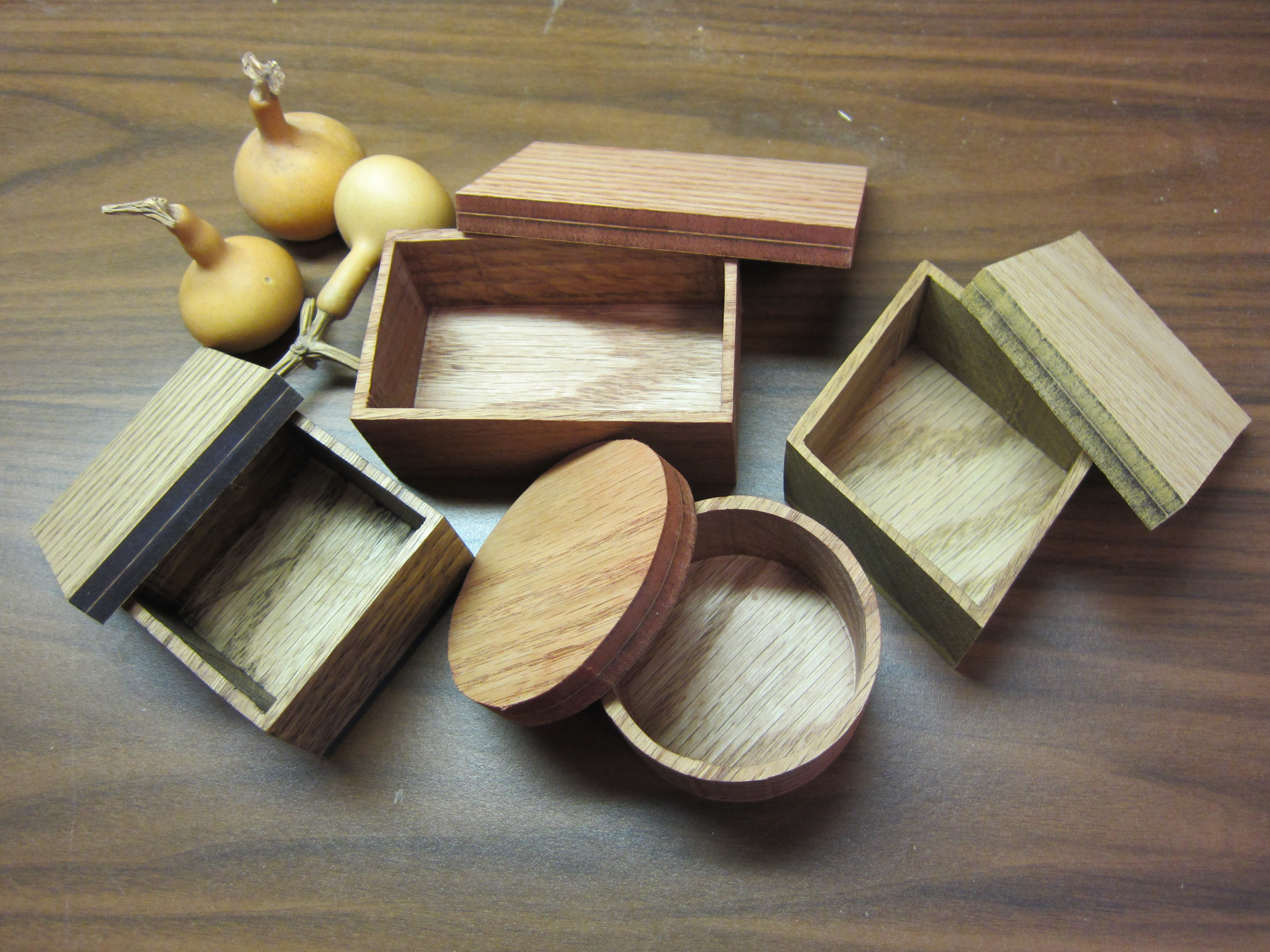 scroll saw projects Cherokee wood products produces scroll saw wood and thin wood boards for crafts in 1/8, 1/4, 1/2 & 3/4 in a range of widths, defect free hobby wood.